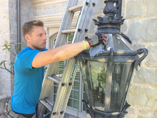 light fixture cleaning